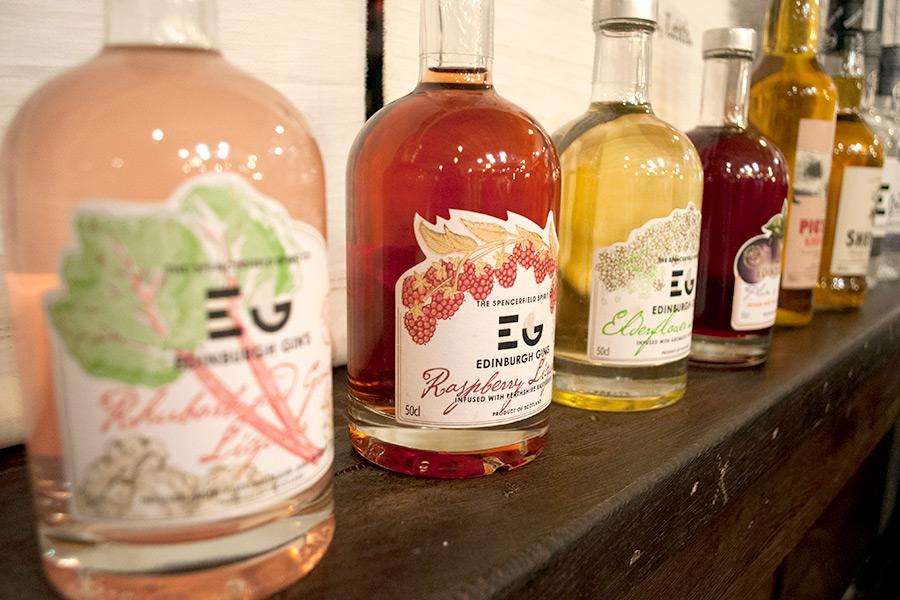 Edinburgh gin tasting