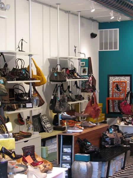 https://i2.wp.com/boutiqueville.com/wp-content/uploads/2008/12/drshoes-img_0668.jpg