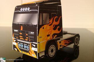 bouwplaat-papercraft-daf-xf-flames_05