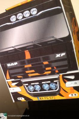 bouwplaat-papercraft-daf-xf-flames_06