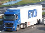 mercedes_actros_action