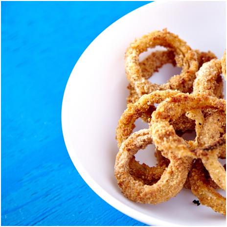 Cornmeal-Crusted-Onion-Rings