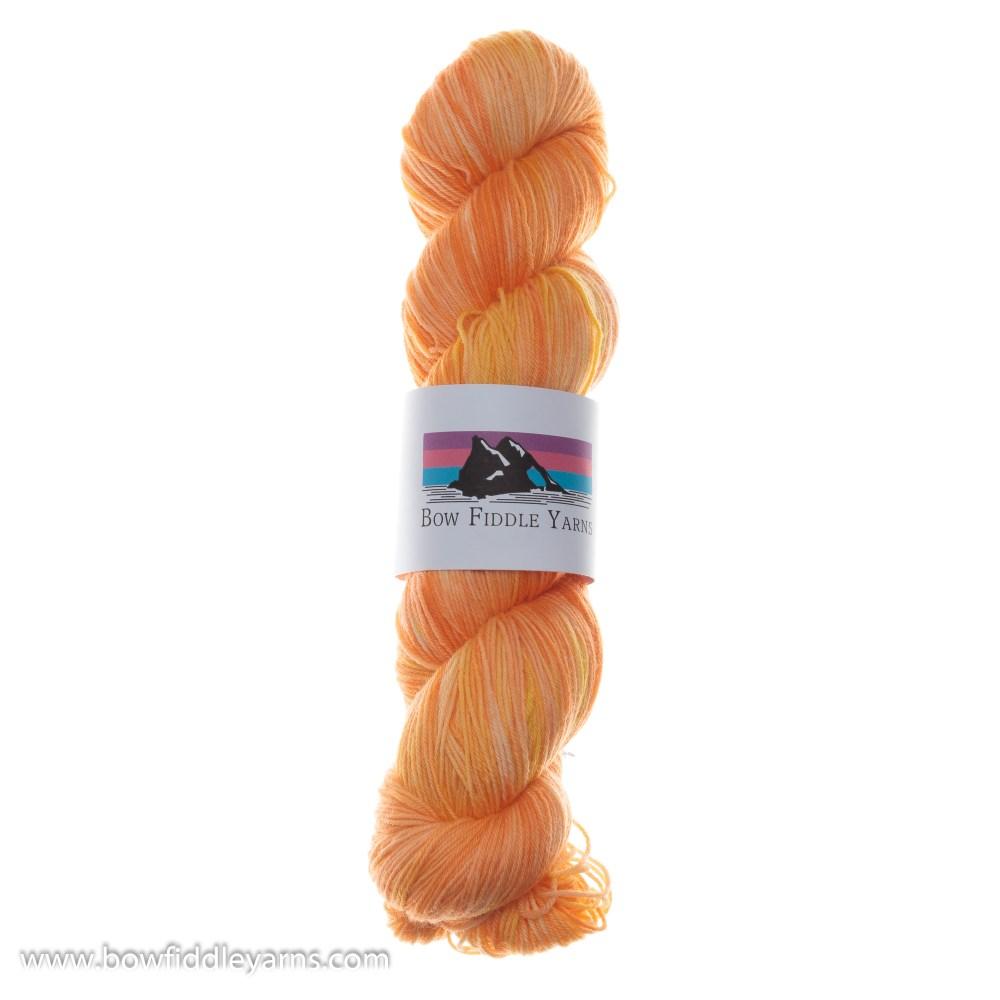 Bow Fiddle Yarns Superwash Merino - Daffodil - 4ply yarn