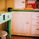キッチンの換気扇の【重曹】を使って濡らさない掃除法。出来れば暖かい季節に‼