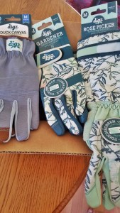 Montana Bowl of Cherries-Digz gloves promotion