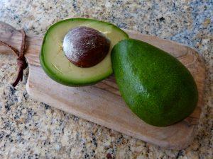 L1050449 300x225 - Avocado