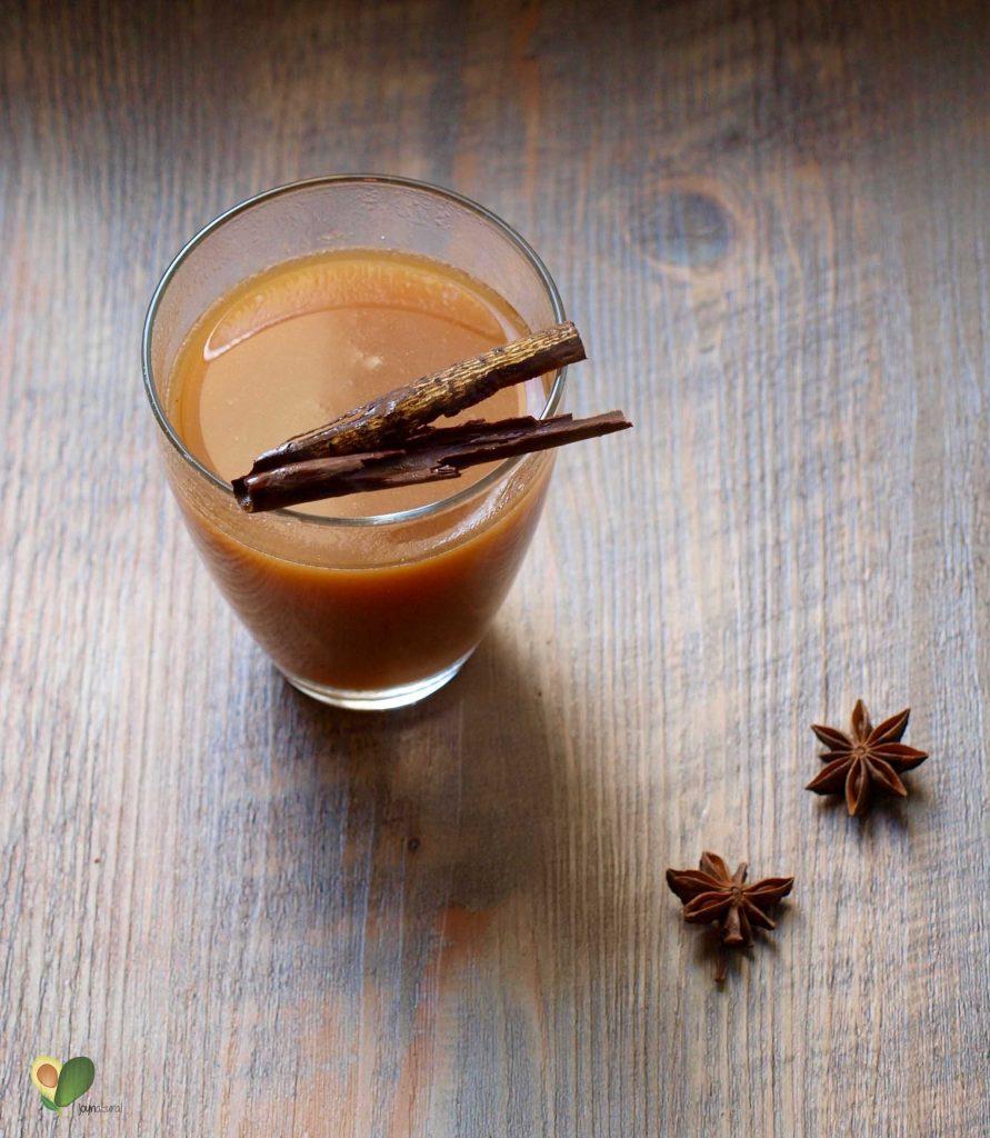 P1016239 1 891x1024 - Selbstgemachter Chai Tee mit Hafermilch