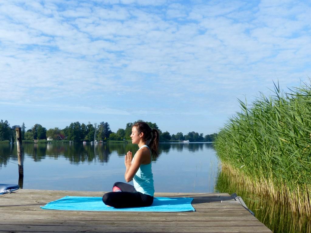 L1150025 1024x768 - Abendritual: Besser schlafen durch Yoga