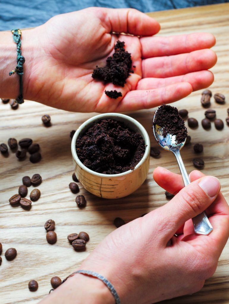 L1050853 LR 153 771x1024 - Kaffeesatz Peeling: natürlich samtweiche Haut