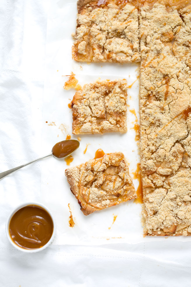 apple crumb caramel bars