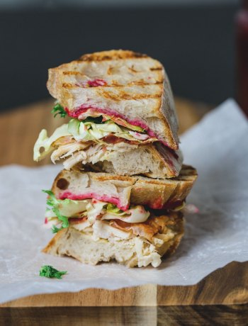 the ultimate leftover turkey sandwich