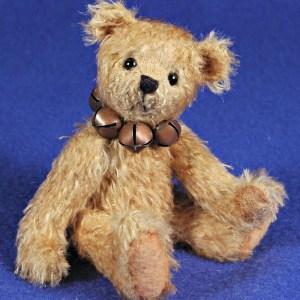 "Calvin - 6"" Mohair Artist Teddy Bear Pattern"