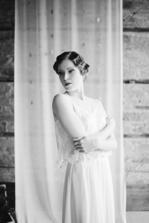 bride-black-and-white-box-and-cox-photoshoot