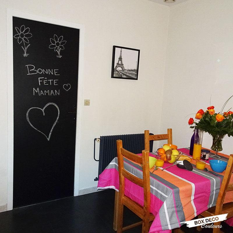 Porte de cuisine peinte avec de la peinture ardoise