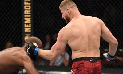 VIDEO - Blachowicz met KO Anderson au 1er round et défie Jon Jones