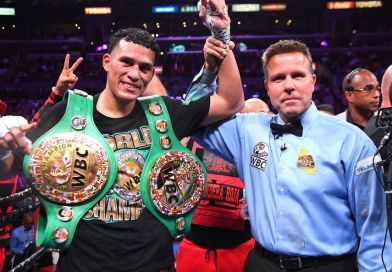 David Benavidez asegura que es capaz de ganarle al Canelo
