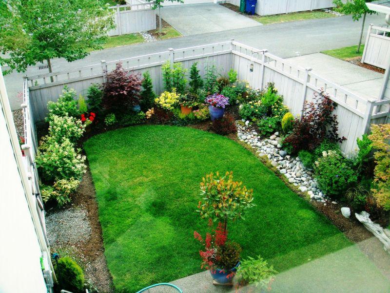 small urban backyard garden design