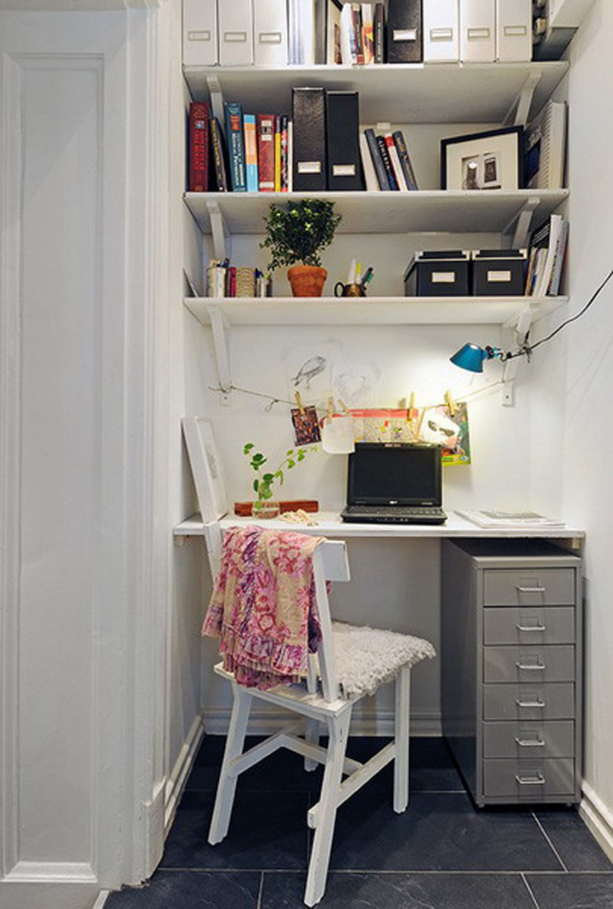 arranging a small home office