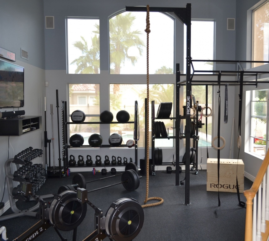 Stunning Crossfit home room