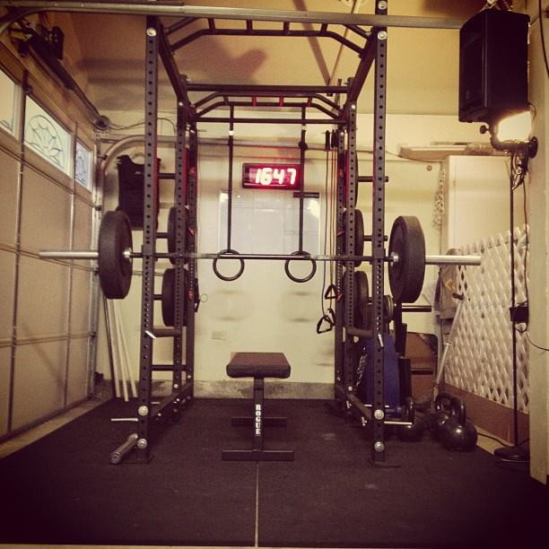 Crossfit garage gym in small space