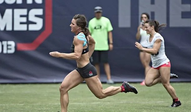 Stacie-Tovar-and-Camille-Leblanc-Bazinet-in-the-ZigZag-Event.-CrossFit-CrossFitGames-612x3602