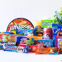 American Candy subscription Taffymail: What's In The Box?