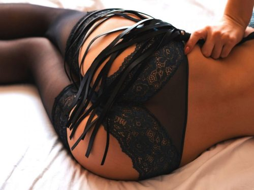 10 vital BDSM rules that you need to know to help keep yourself safe