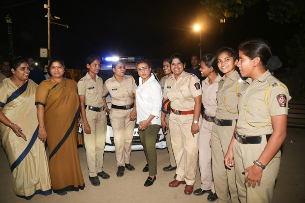 While Promoting MARDAANI 2, Rani Mukerji Meets The Special Night Force Of Police