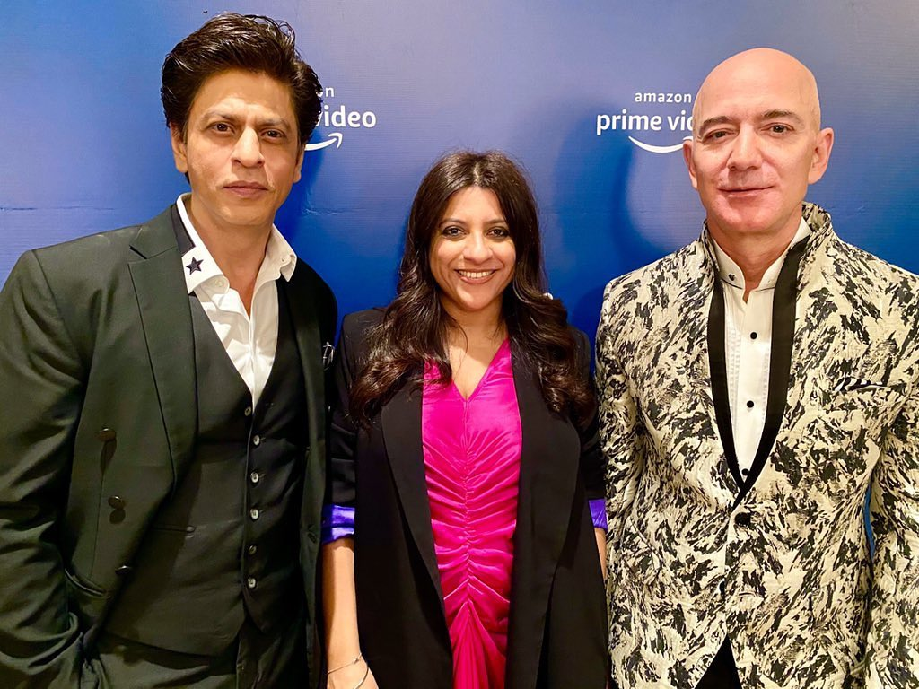 Shah Rukh Khan Met Amazon CEO Jeff Bezos & This Is What He Made Him Do!