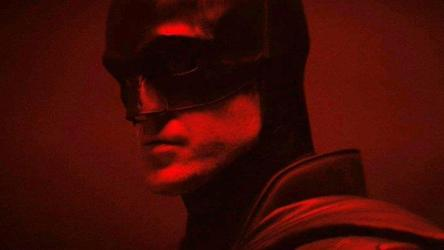 BATMAN: First Look Of Robert Pattinson In Classic Batsuit Is Out