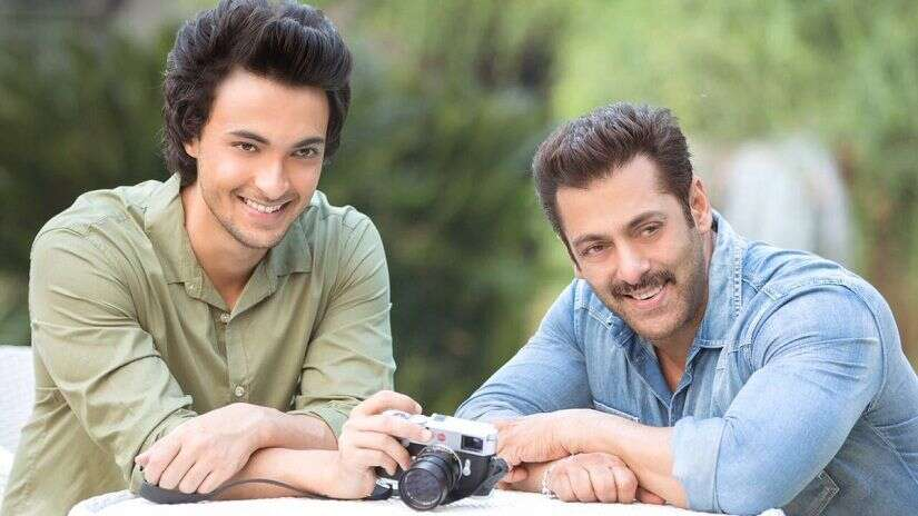 Salman Khan Is Not Leaving The Cop Avatar Anytime Soon, He Will Be Next Seen In Aayush Sharma's Next As A Cop!
