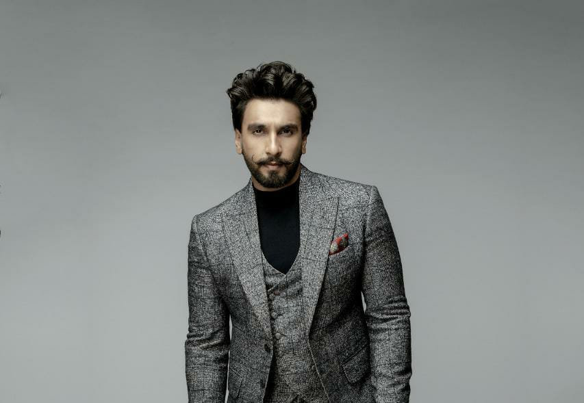 Ranveer Urges Indian Sign Language To Be Declared An Official Language!
