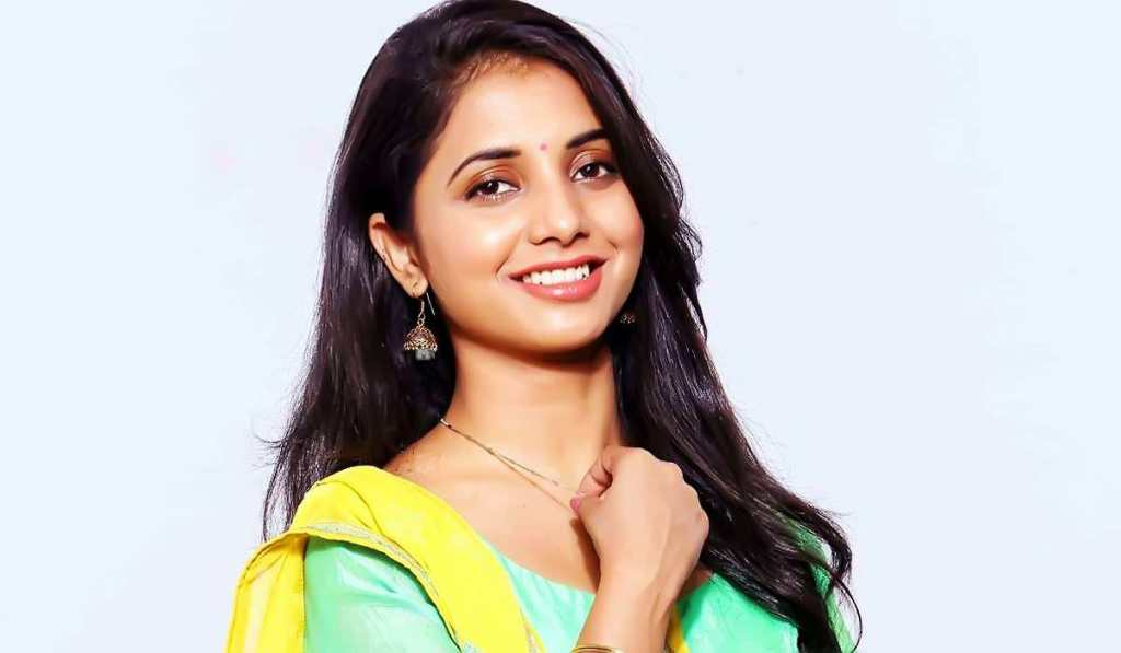 Sayali Sanjeev Will Be Seen Playing The Lead Actress In The Upcoming Marathi Flick Manmauji