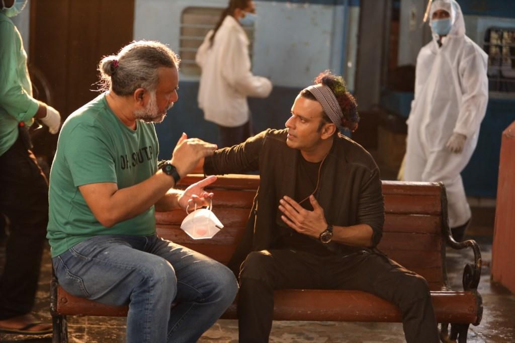 Anubhav Sinha & Manoj Bajpayee Collaborate For Their First Bhojpuri Music Video 'Bambai Mein Ka Ba'!