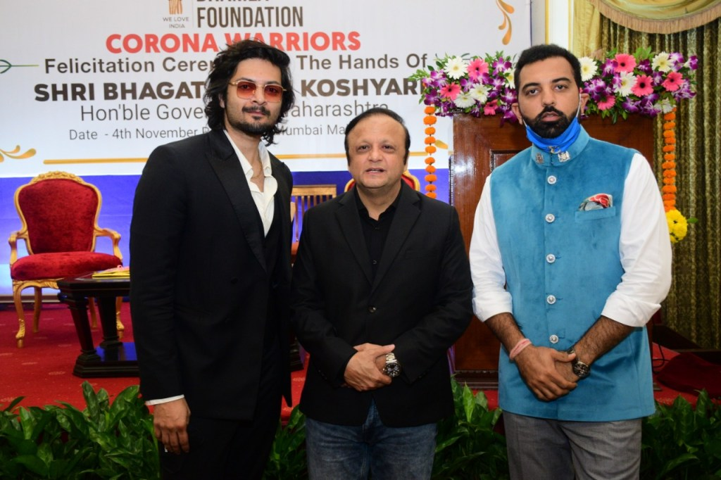 Ali Fazal Joins The Felicitation Of COVID Warriors Held By Maharashtra Governor Bhagat Singh Koshyari At Raj Bhawan