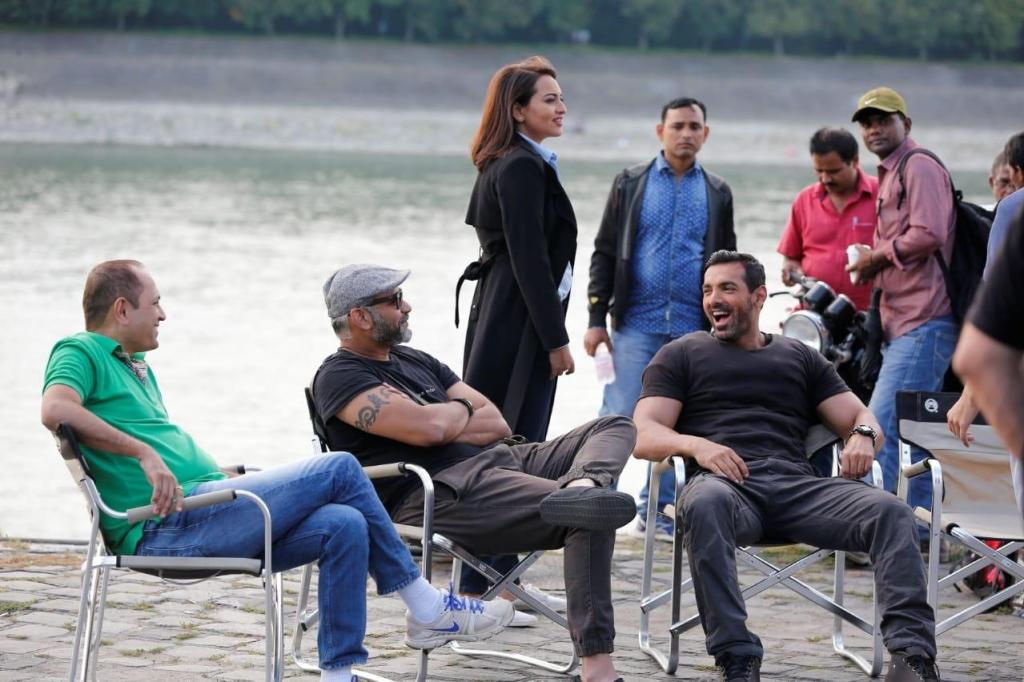 """""""The John Abraham-Sonakshi Sinha starrer was unaffected by demonitisation and still did a fantastic number at the BO"""", Says Vipul Amrutlal Shah As Force 2 Completes 4 Years!"""
