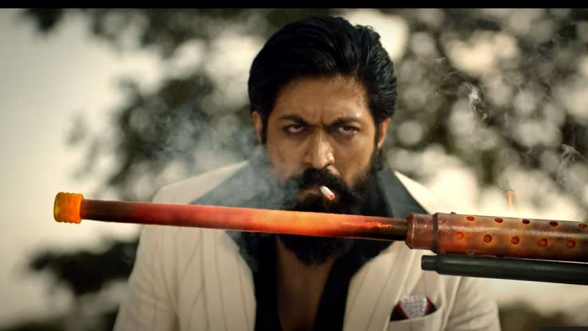 Yash Starrer KGF: Chapter 2 Falls In Trouble For Showing Smoking Scene Without Statutory Warning!