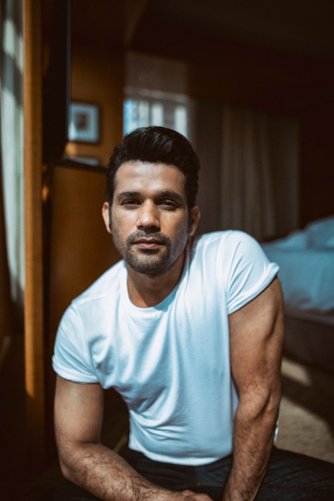 Sohum Shah Met With Local Policemen While Preparing For His Cop Role For Reema Kagti's 'Fallen'