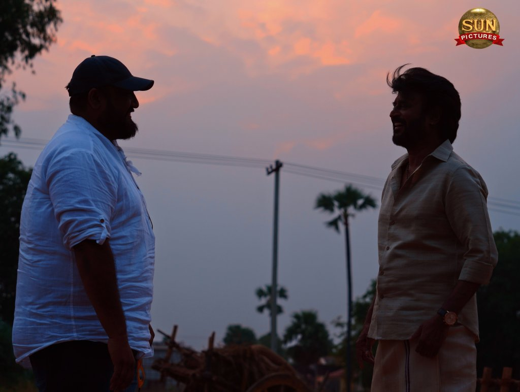 Annaatthe: Rajinikanth Is Back On The Sets, Picture With Director Siva Is OUT!