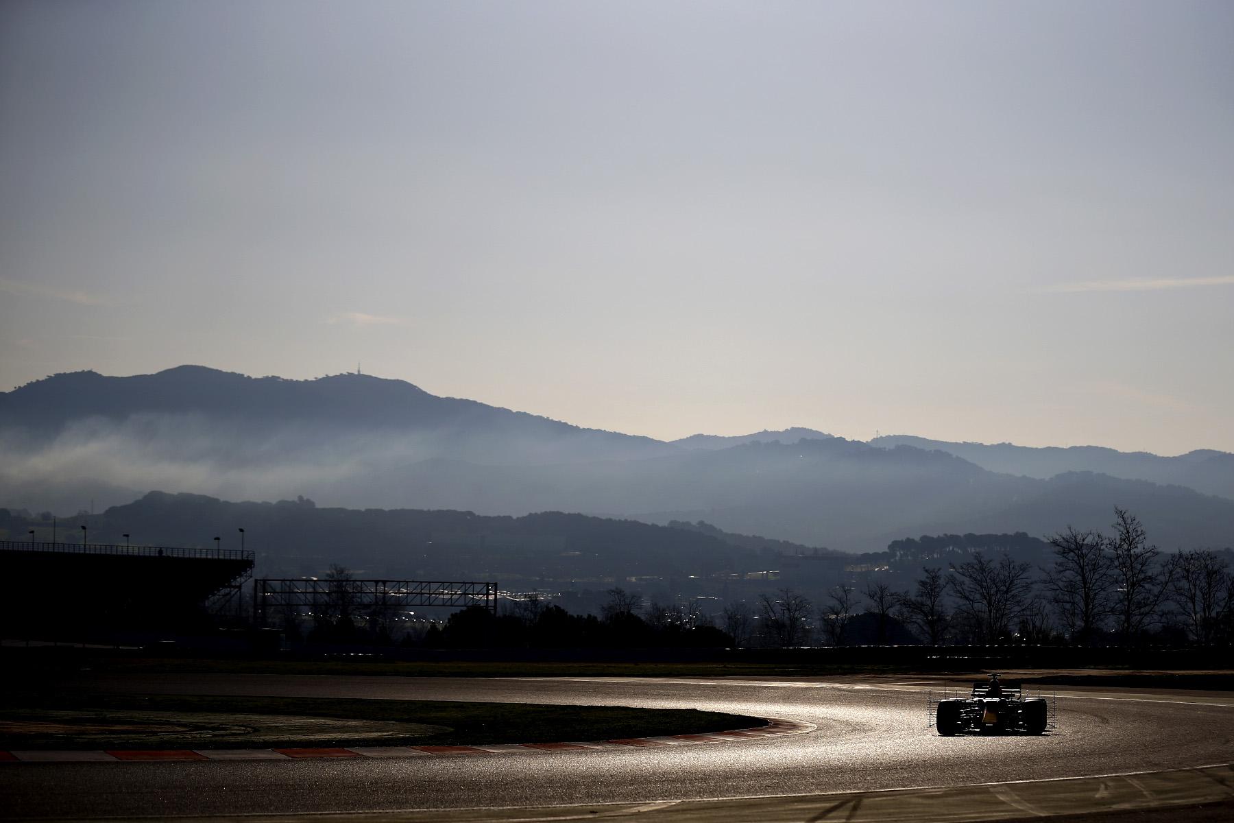 F1 prepares for record-breaking season