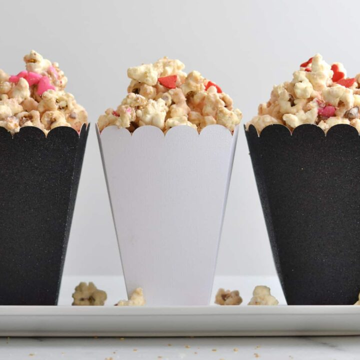 Valentine's Day Recipe: Sweetheart Pink Cream Cheese Popcorn gifts