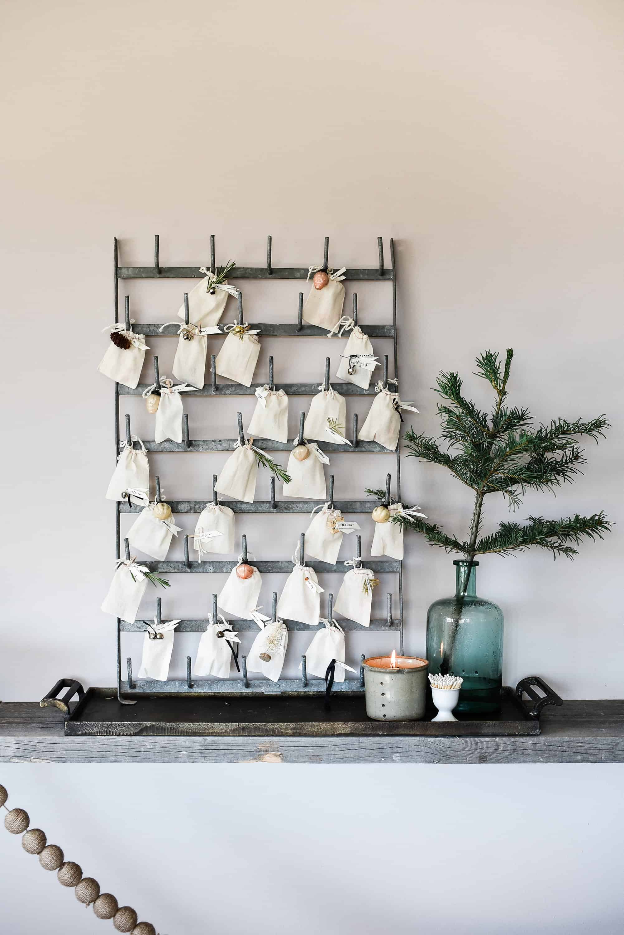 Create your own farmhouse Christmas with simple table ideas for decorating your dining room this holiday season!