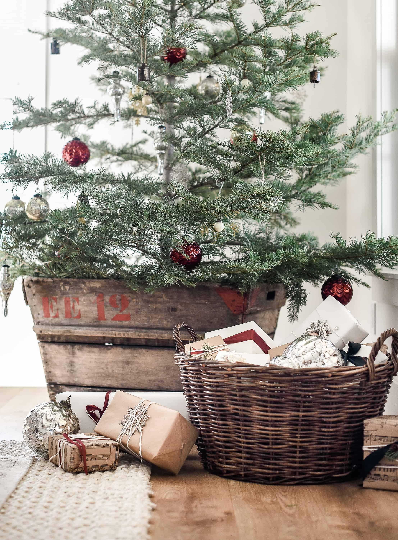 Farmhouse Christmas Decor Living Room Tree Ideas Boxwood Ave