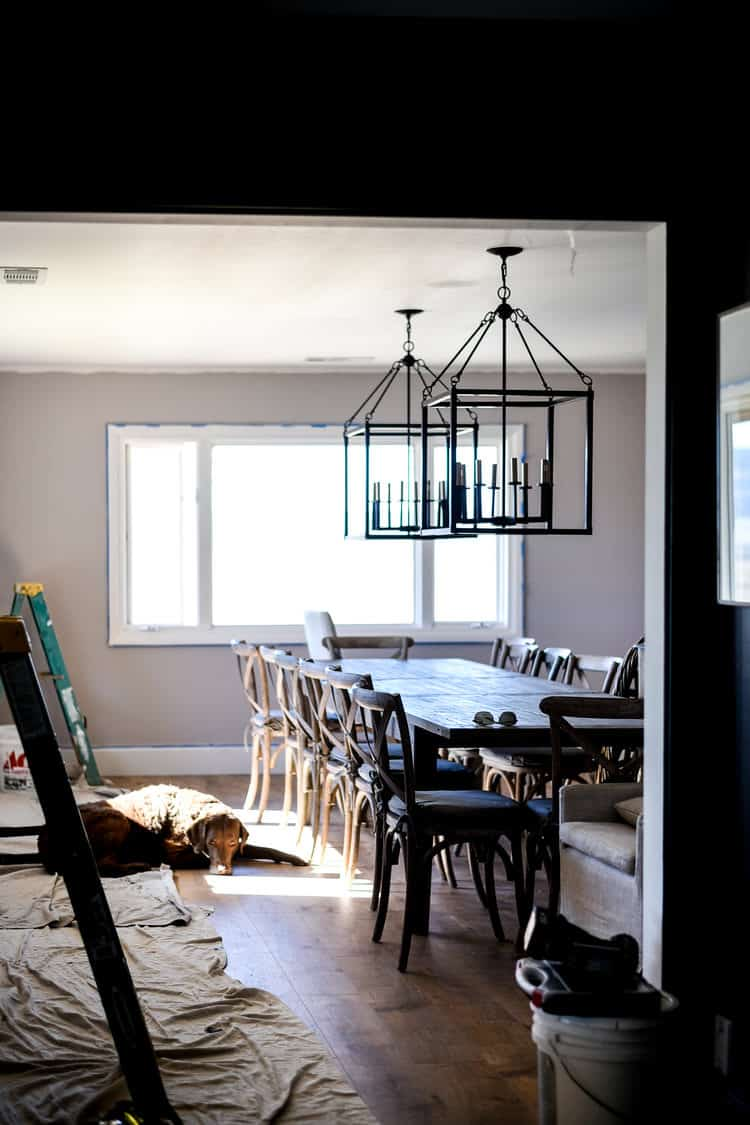 A French Country Inspired Dining Room | ORC Week 5 #diningroom #farmhousediningroom #modernfarmhouse #modernfarmhousediningroom #diningroomremodel #oneroomchallenge