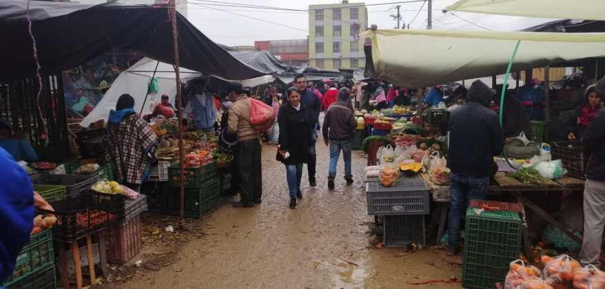 Limitan horario de atención en plazas de mercado de Boyacá 8