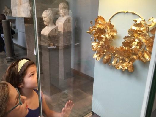 The golden bee-wreath.