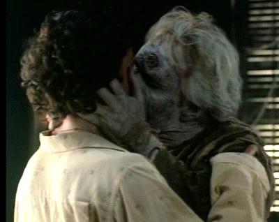 netherworld dad kiss