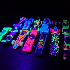 Glow derby