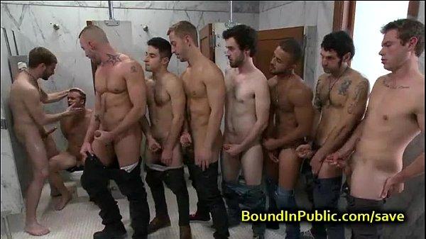 fila de macho no banheiro sexo gay