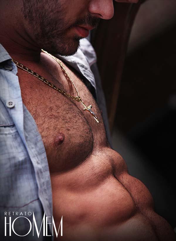 11 Wellington Xavier macho sarado peito trincado